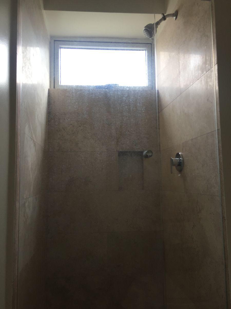18 de 48: Baño