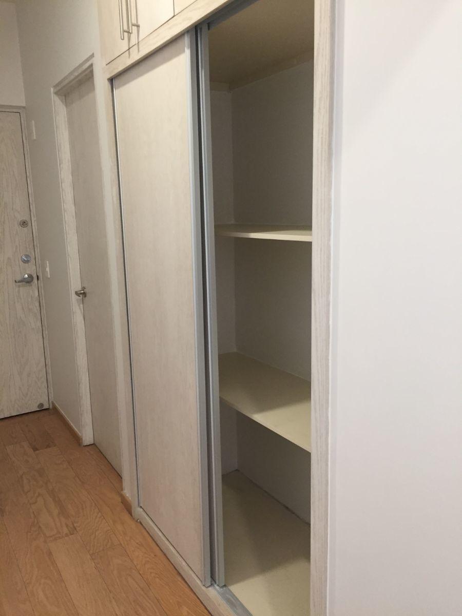 13 de 48: Closet