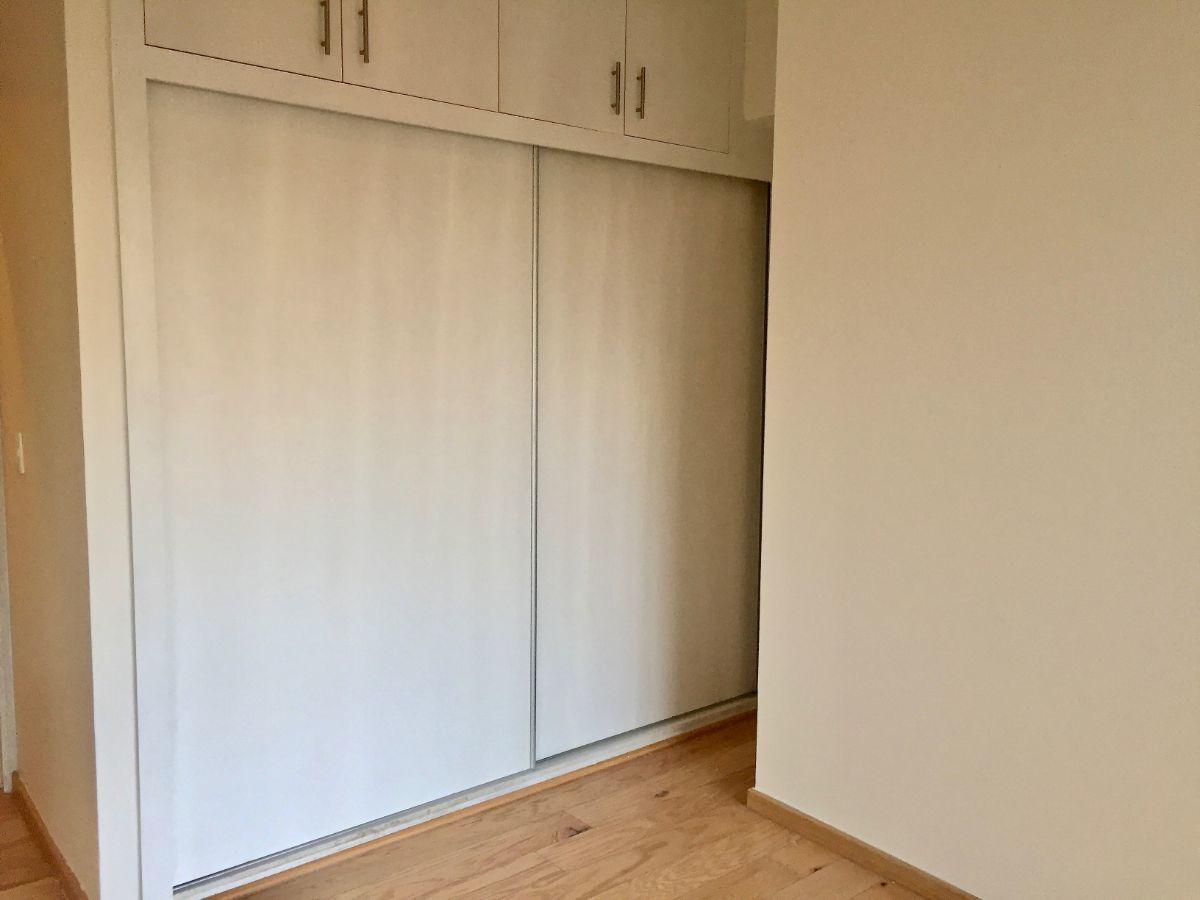 30 de 48: Closet y vestidor