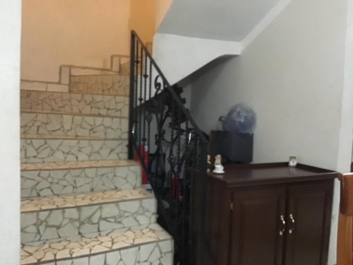 18 de 24: Escaleras.