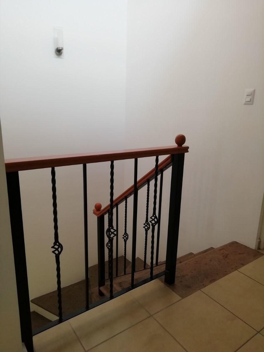 8 de 13: Escaleras de cantera