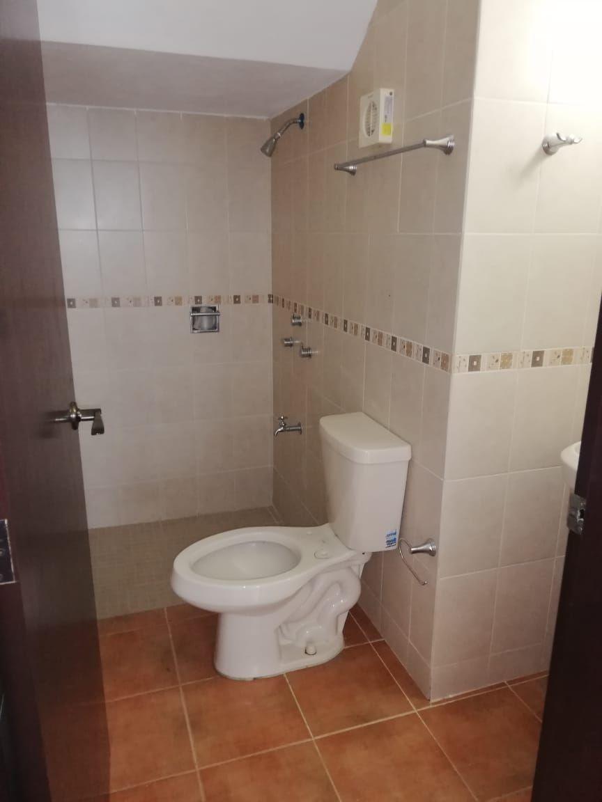 9 de 9: 3 baños completos