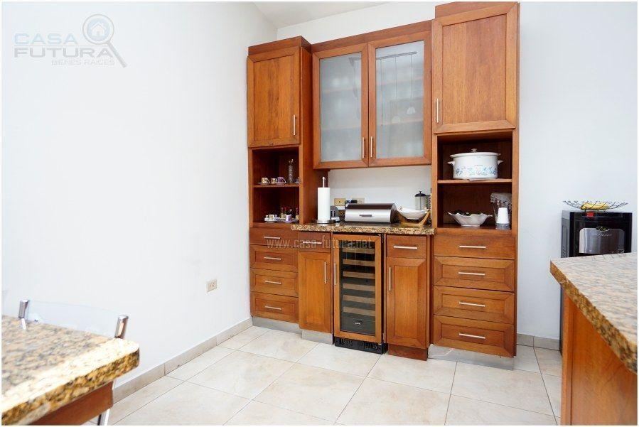 17 de 30: Muebles para almacenar articulos de cocina