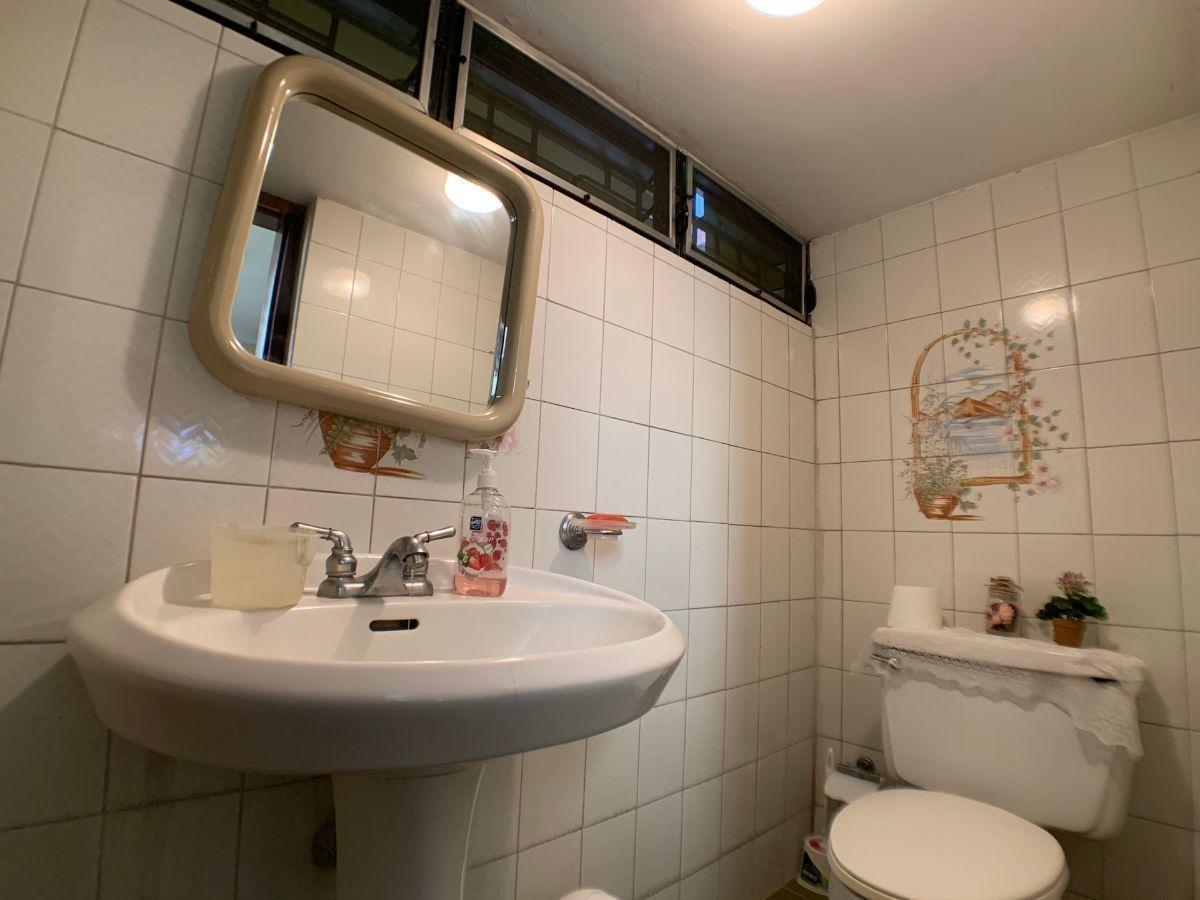 14 de 15: Baño visita 1er. nivel