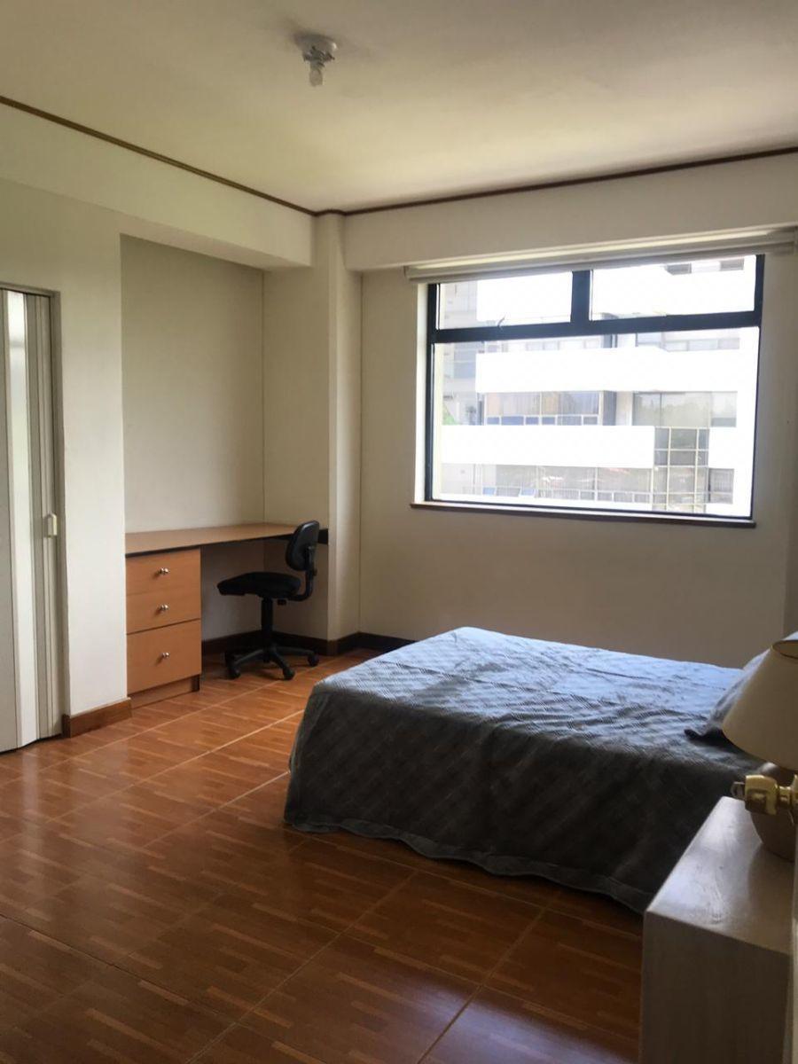 2 de 6: dormitorio principal