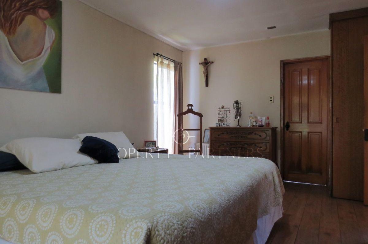 9 de 15: Dormitorio principal