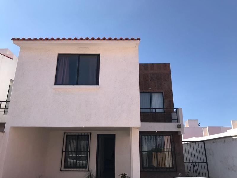 Casa Renta En Colonia Coto Del Cielo Cerca De La Glorieta Santa Fe
