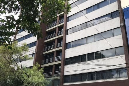 Medium eb dx1567