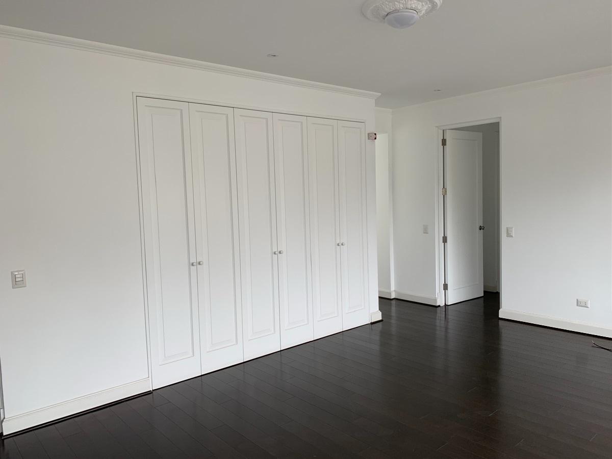 14 de 18: Closets sala de estar
