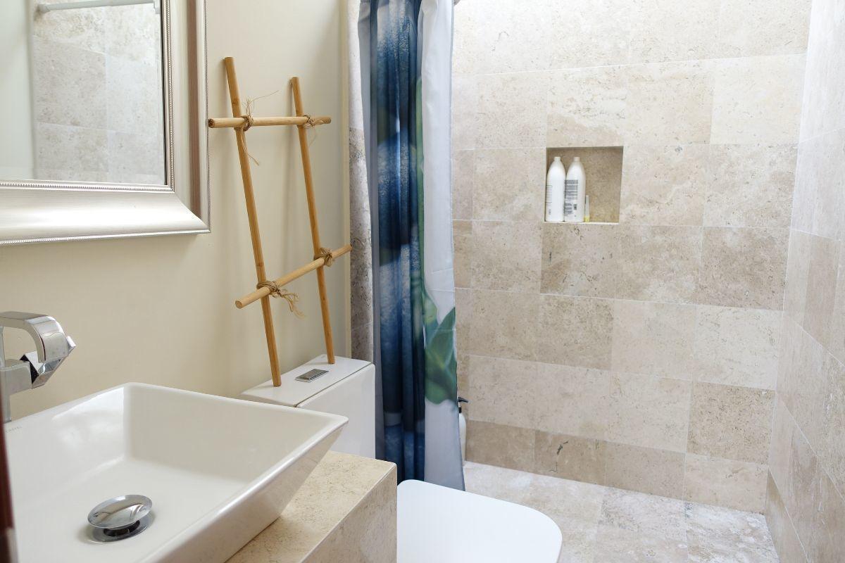14 de 15: Baño principal