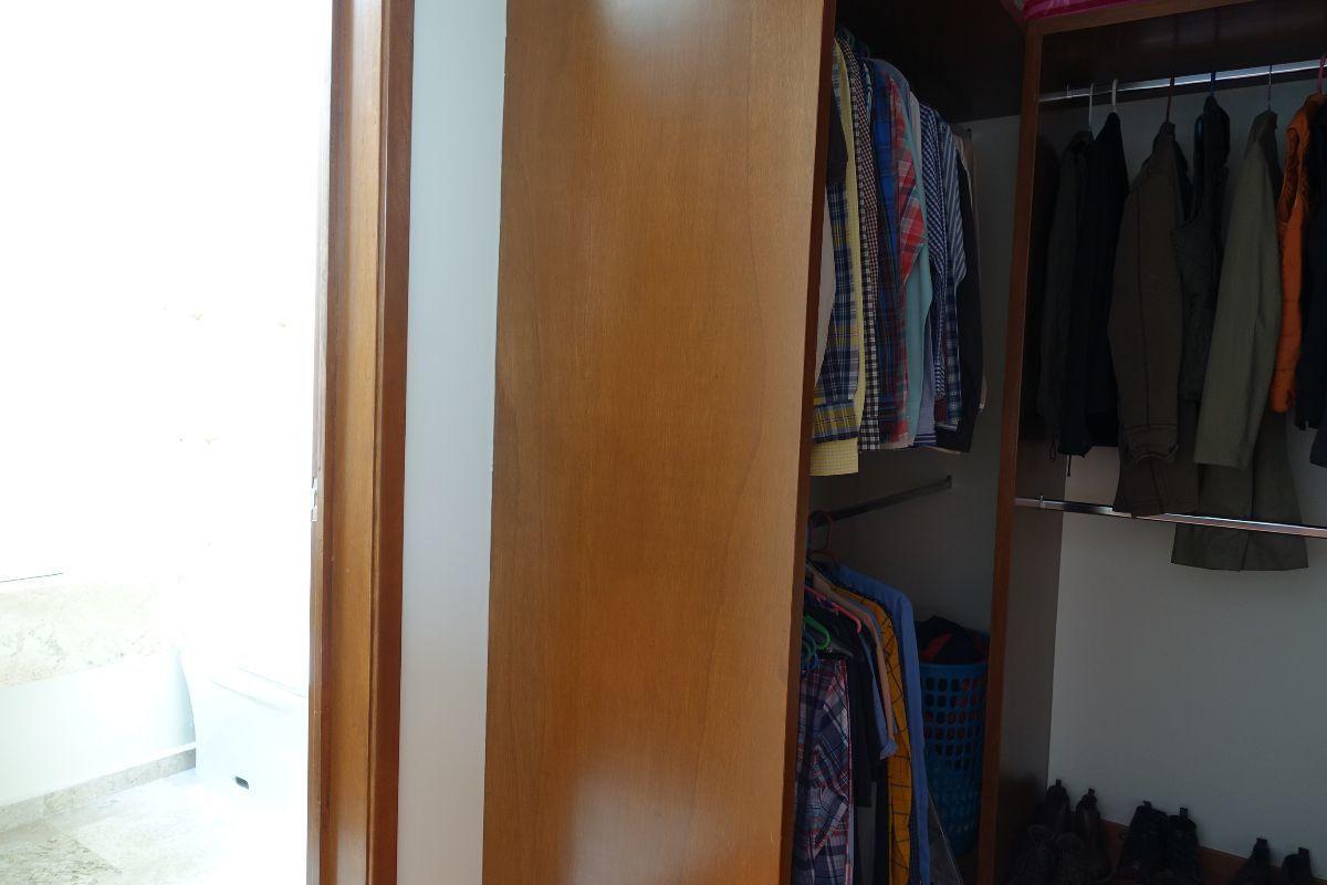 13 de 15: Closet vestidor