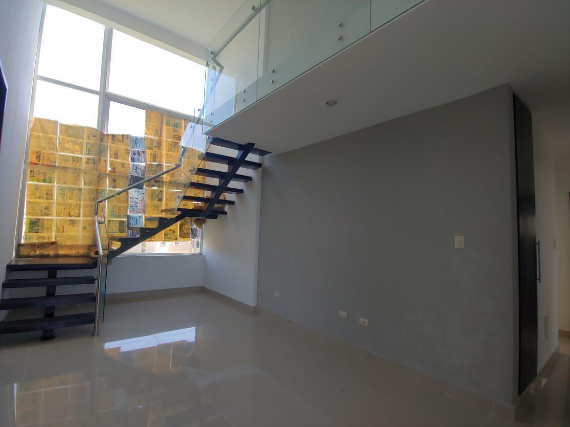 Moderno Penthouse en Urb. Caperuza II, SFM.image20