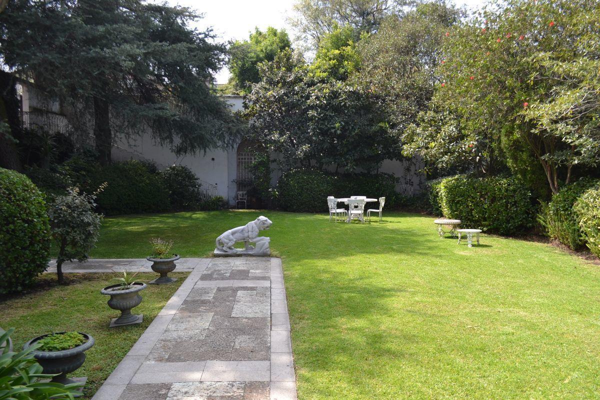 38 de 38: Terraza jardín
