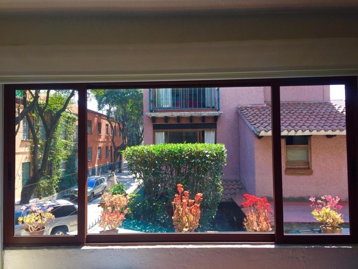 6 de 9: Agradables vistas desde el interior de la casa