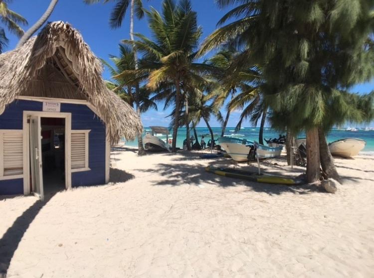 11 de 13: Vista de la Playa