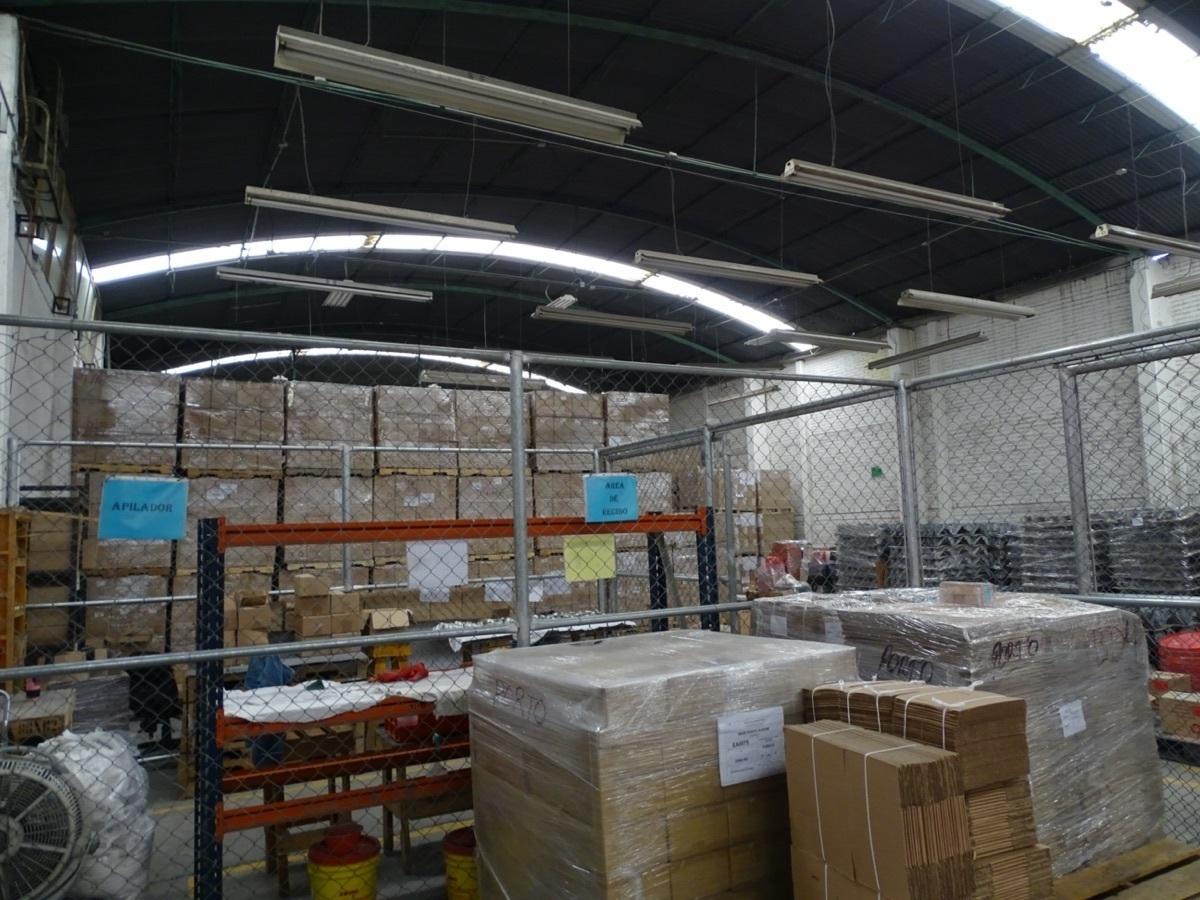 5 de 16: Area de almacén