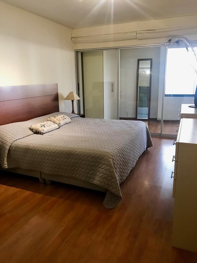 6 de 12: Dormitorio Principal