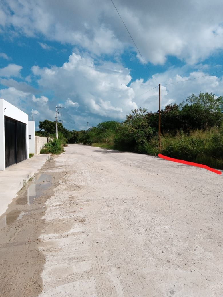 3 de 10: Terreno en venta marcado con linea roja