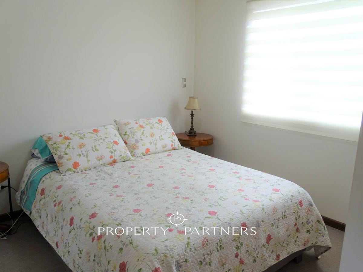 12 de 17: dormitorio principal en suite