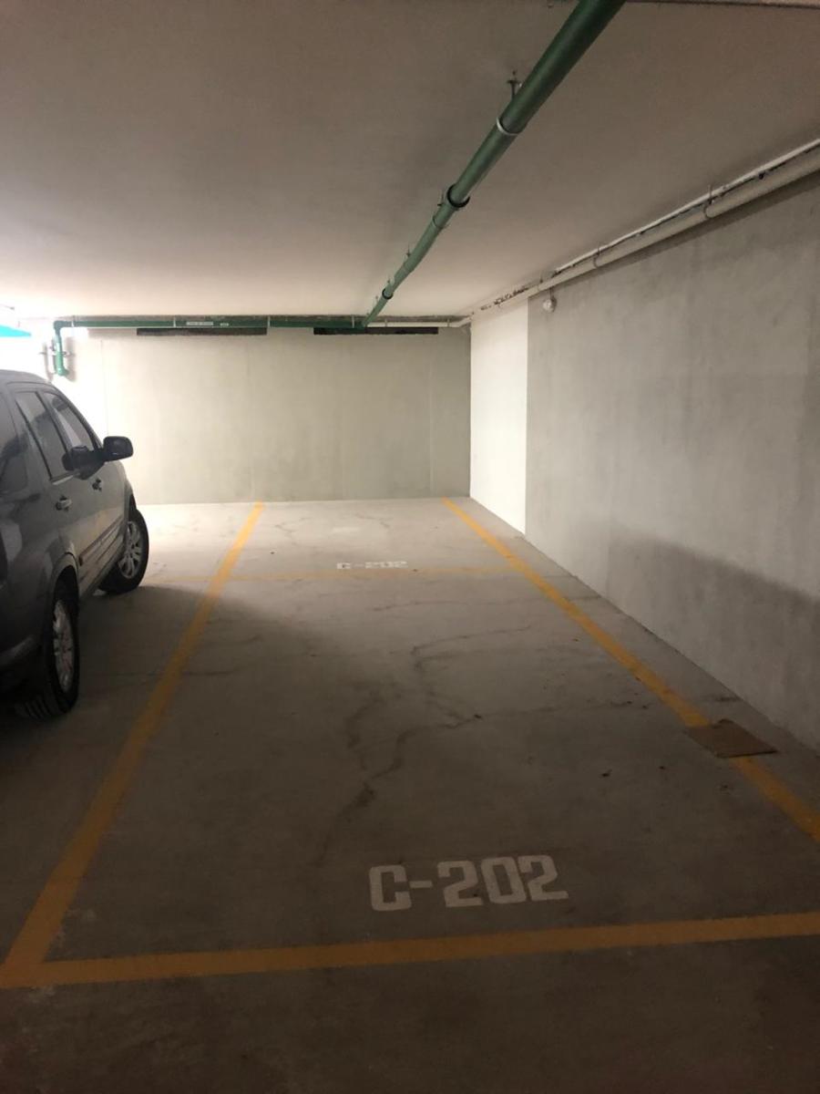 30 de 46: Estacionamiento