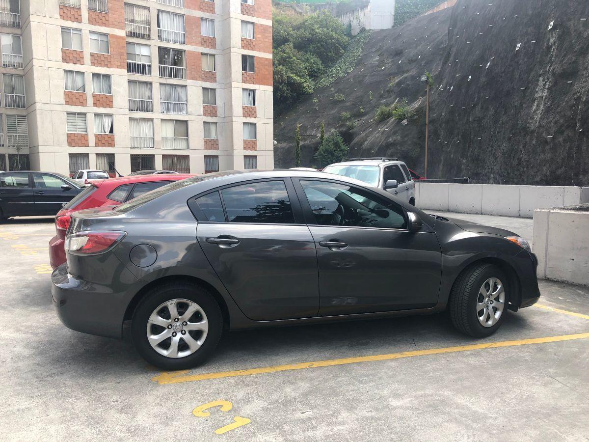 33 de 35: Estacionamiento