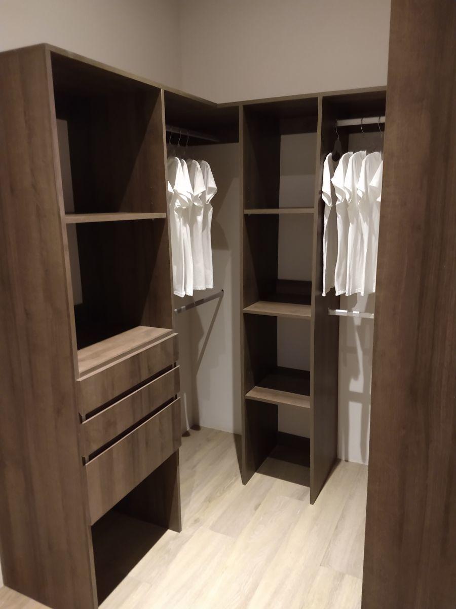 10 de 12: closet
