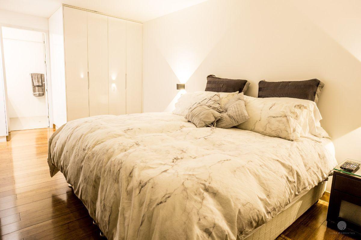 12 de 16: Dormitorio