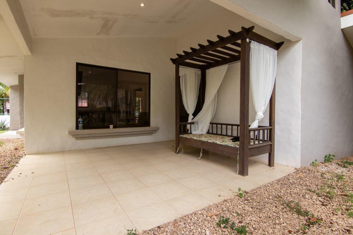15 of 25: 2bedroom terrace