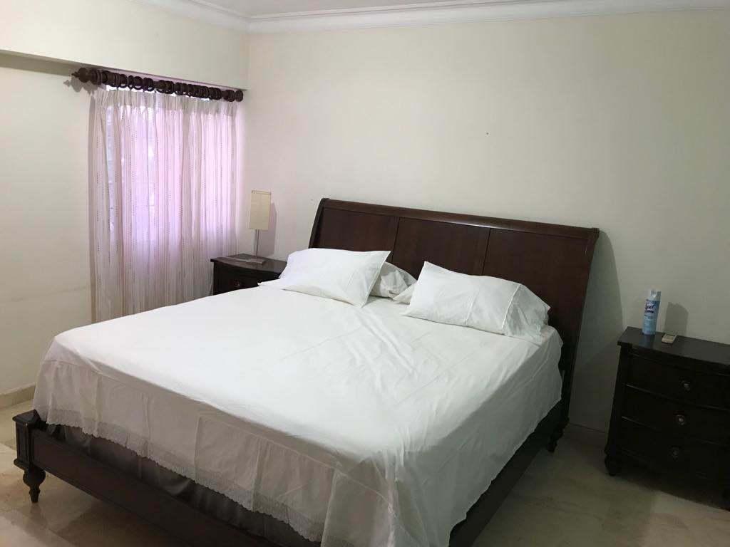 Apartamento amueblado en Urb. Realimage19