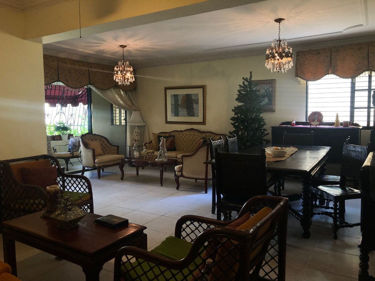 1 de 10: Amplios espacios de sala y comedor