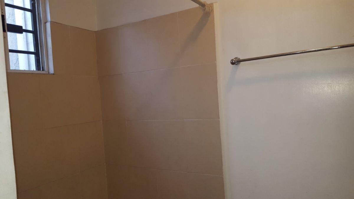 20 de 20: Baño recámara principal