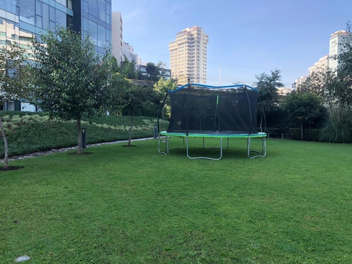 9 de 15: Área verde  de juegos