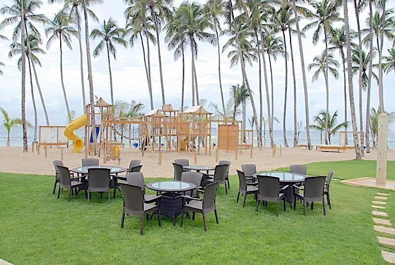 4 de 19: Area de recreación de playa y area de niños