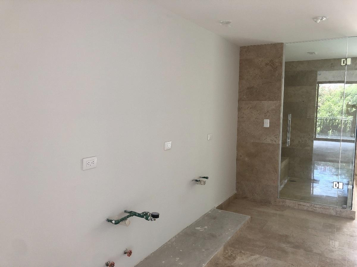 12 de 35: Baño principal