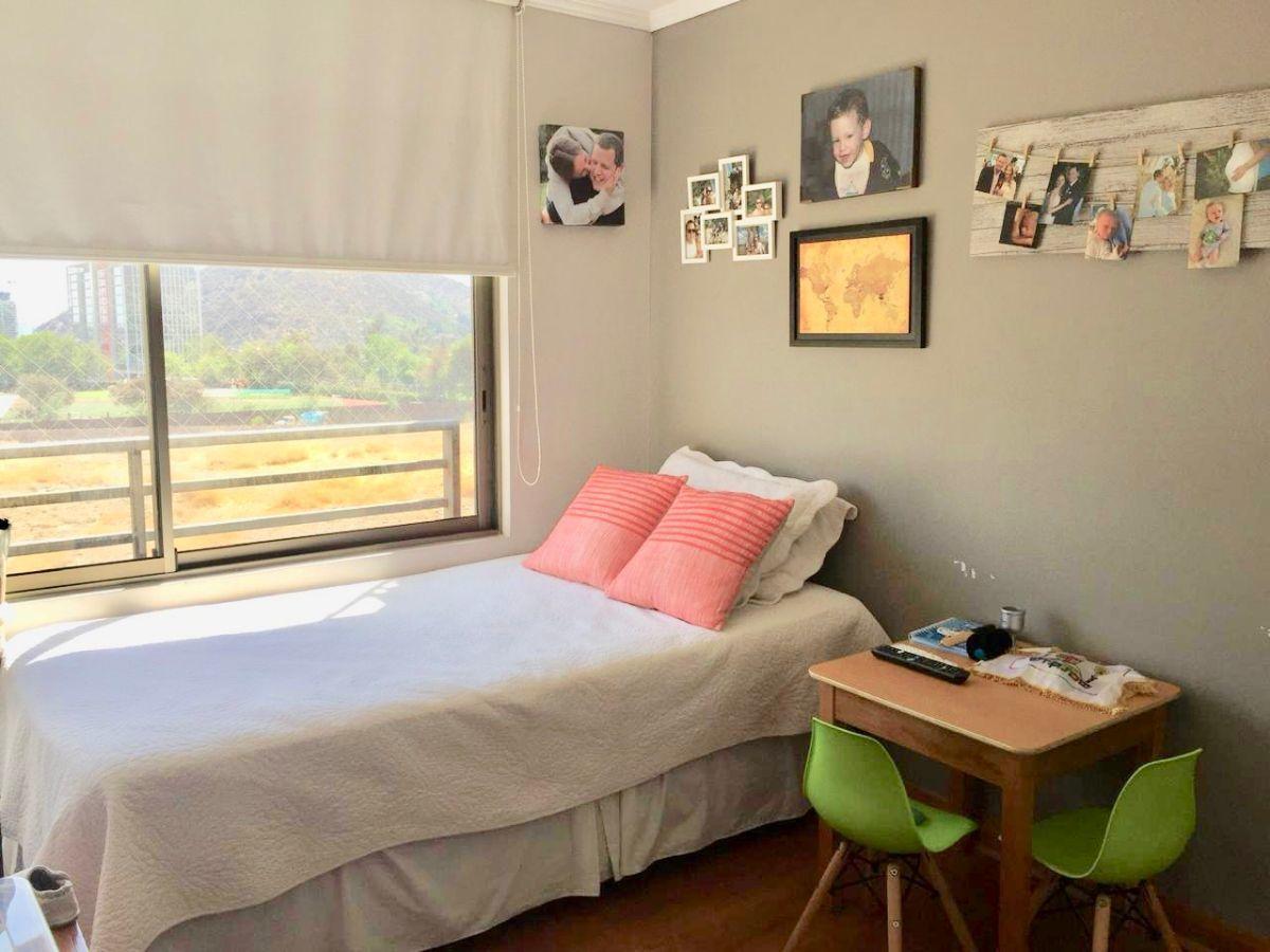 11 de 18: Dormitorio 2