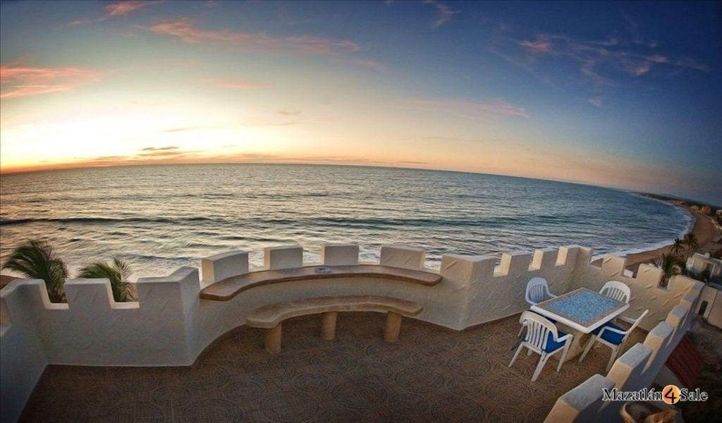 14 de 22: Terraza Vista al Mar