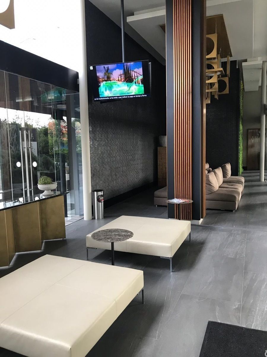 5 de 41: lobby de Vista Lomas en Zapopan