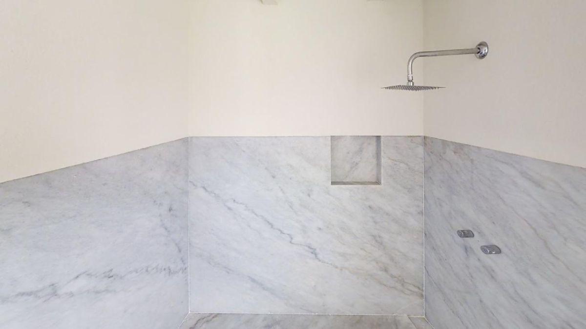 11 de 18: baño
