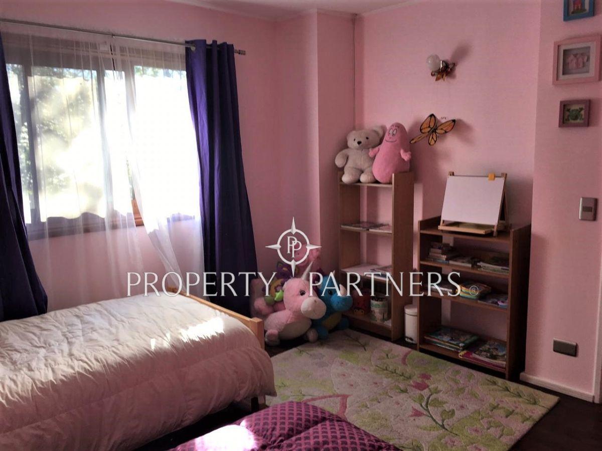 16 de 25: Dormitorio 4