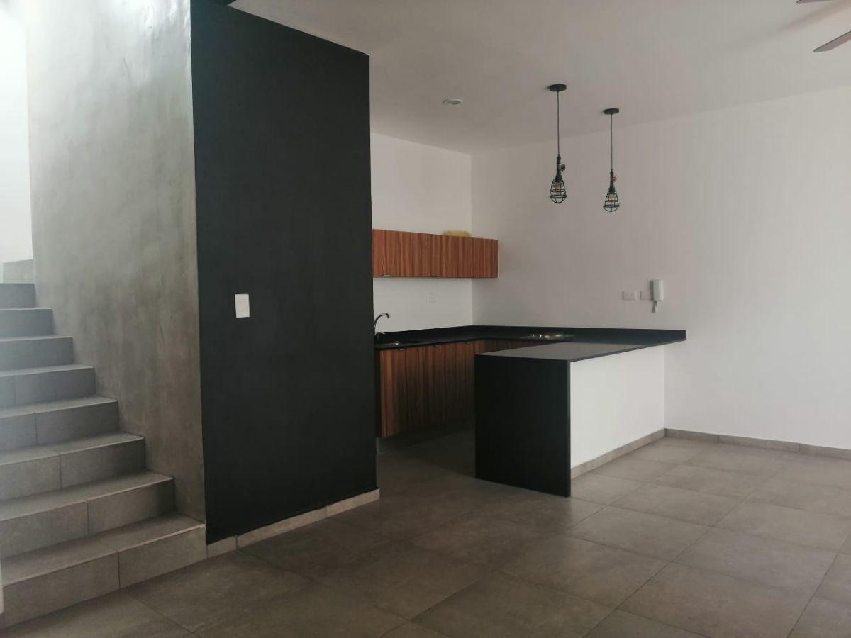 6 de 20: TOWN HOUSE SIN MUEBLES EN RENTA ZONA NORTE MERIDA