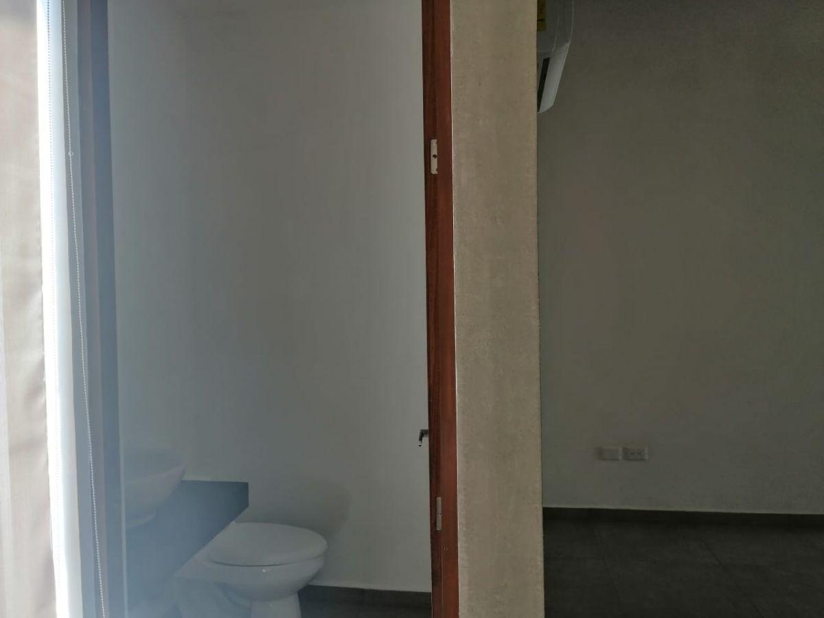 12 de 20: TOWN HOUSE SIN MUEBLES EN RENTA ZONA NORTE MERIDA