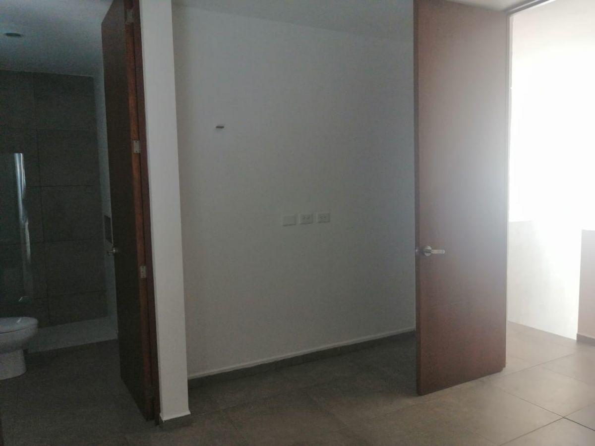 17 de 20: TOWN HOUSE SIN MUEBLES EN RENTA ZONA NORTE MERIDA