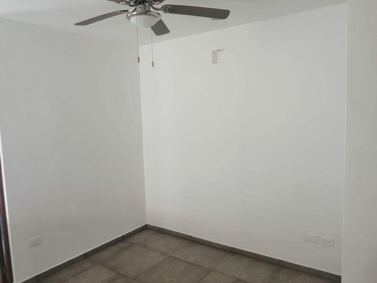 18 de 20: TOWN HOUSE SIN MUEBLES EN RENTA ZONA NORTE MERIDA