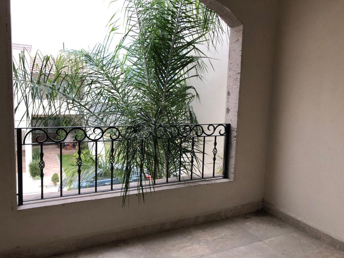 10 de 20: Balcón