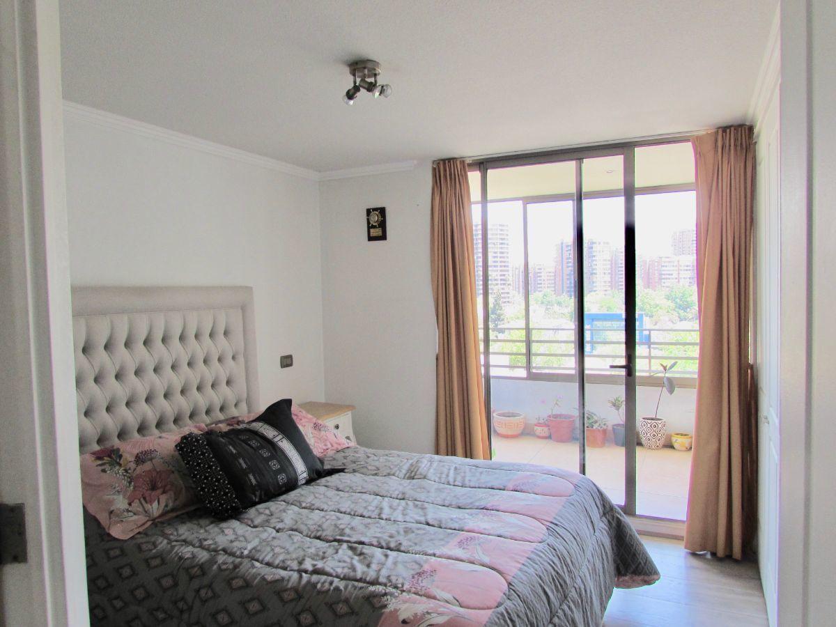 5 de 12: Dormitorio principal