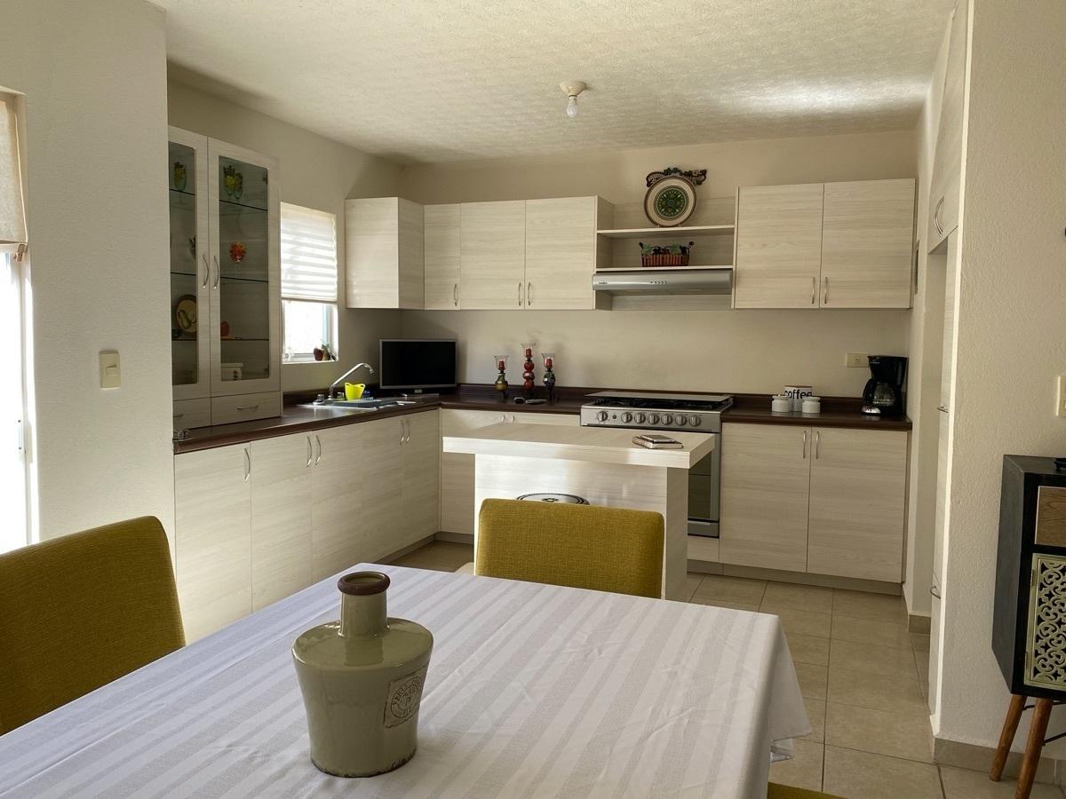 10 de 34: Casa Residencial - Los Viñedos - Pachuca