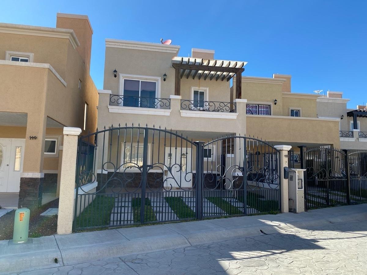 1 de 34: Casa Residencial - Los Viñedos - Pachuca