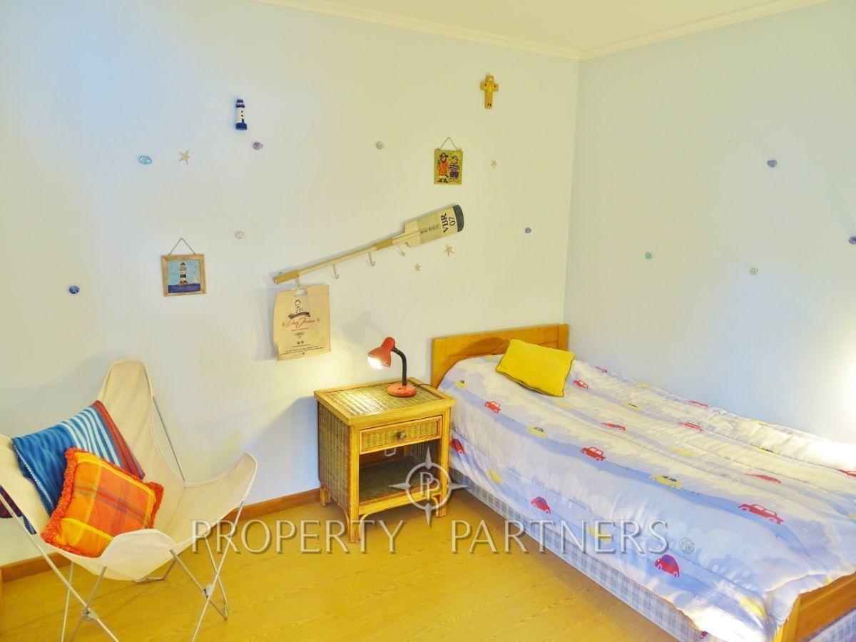 16 de 44: Dormitorio