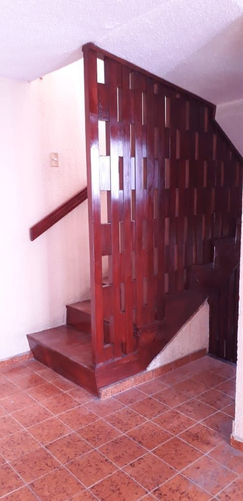 12 de 15: escaleras