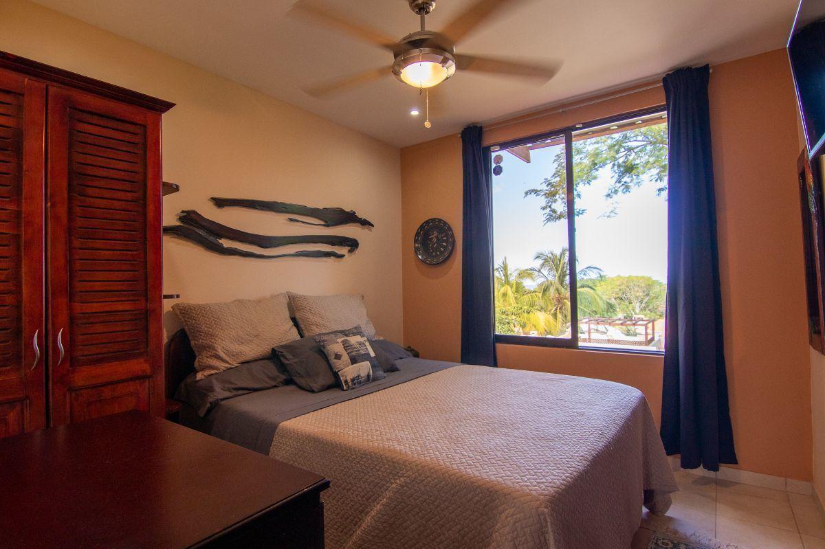 10 of 15: Bedroom